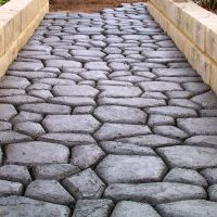 What Are The Various Advantages Of Cobblestones Being Used In Pavements?